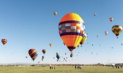 700 Balloons take off in Albuquerque