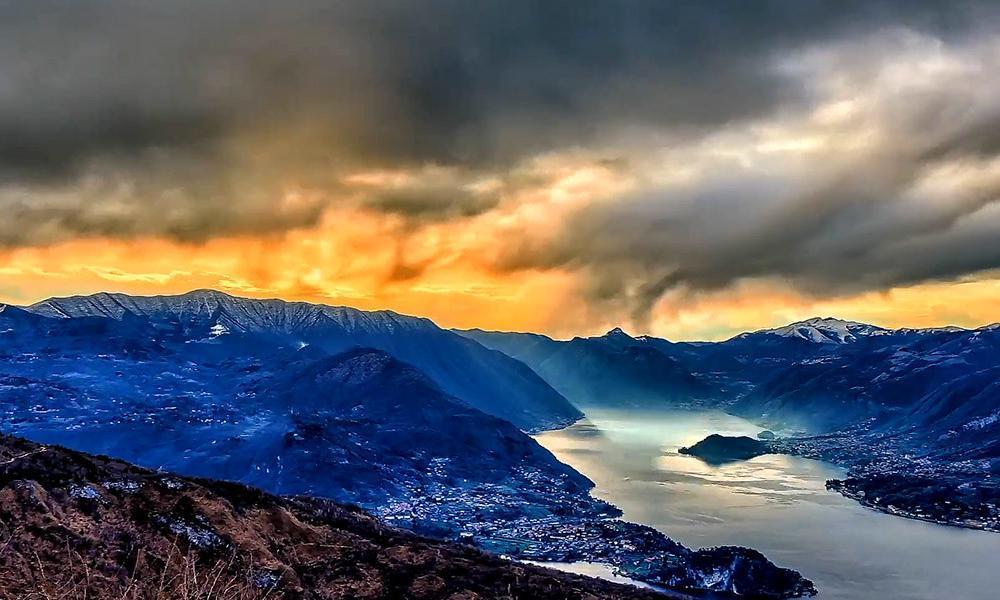 La luce inverno sulla Valtellina catturata HDR