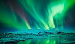 5K Icelandic colours and reflections: the Eye of the storm